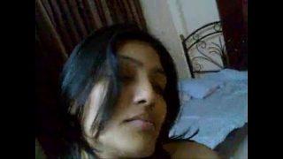 पॉर्न क्लिप मुंबई की कॉलेज मे पड़ने वाली लड़की की