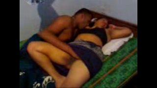 आसामी बीवी को उसके पति ने नशे मे सेक्स किया