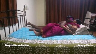 चेन्नई की आंटी ने चौकीदार के साथ सेक्स किया
