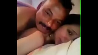 छोटे भाई की जवान बीवी के साथ चुदाई का खेल