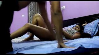 बड़ी बहन के साथ चुदाई का हॉट वीडियो बनाया