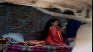 बंगाली जवान लड़की का हॉट बुर चुदाई क्लिप